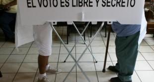 PAN y PRD proponen que alcaldes y concejales se voten en un solo acto, Morena, PRI y PVEM rechazan.