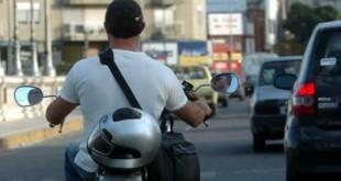 motociclista-sin-casco