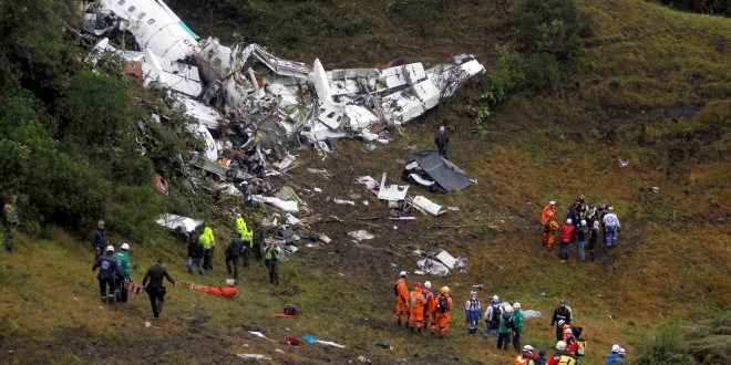 ATTENTION EDITORS - VISUAL COVERAGE OF SCENES OF INJURY OR DEATHWreckage from a plane that crashed into Colombian jungle with Brazilian soccer team Chapecoense is seen near Medellin, Colombia, November 29, 2016. REUTERS/Fredy Builes TEMPLATE OUT