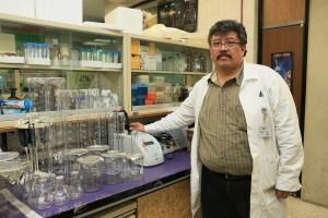Doctor Damián señala que el desarrollo de la nanotecnología como medio de combate al cáncer es producto de la una alianza realizada en 2004 que posibilitó la creación de ocho centros de excelencia en Estados Unidos.